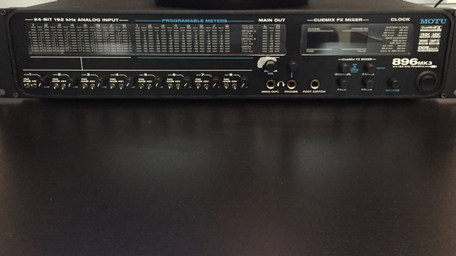 MOTU 896 mk3 (no hybrid)