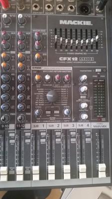 Mesa mezcla Mackie CFX12 MKII