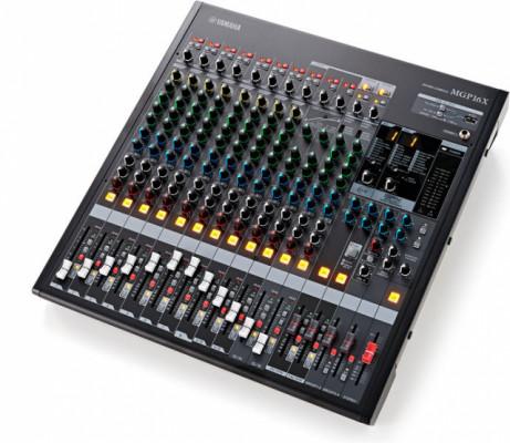 Yamaha MGP16X Analogue Mixer