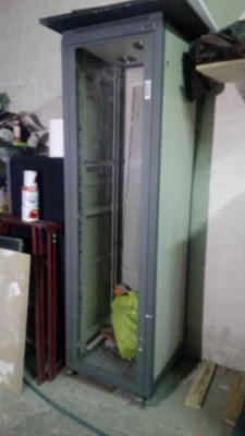 Rack instalación Fonestar 40 U con ruedas y ventiladores