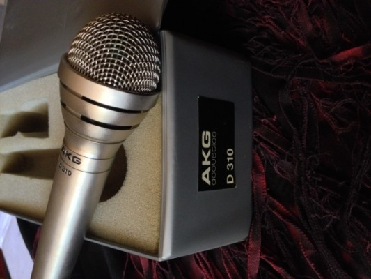 Vintage AKG D310 Cardioid Dynamic Microphone, recording