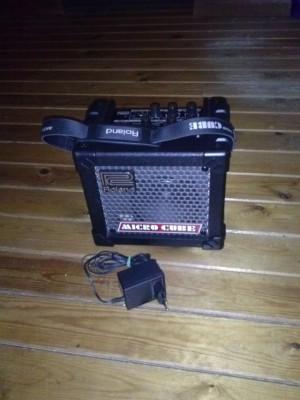 Roland microcube mini amp de guitarra eléctrica