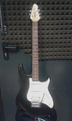 guitarra peavey predator plus