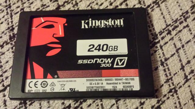 Disco duro ssd kingston 240 gb now 300