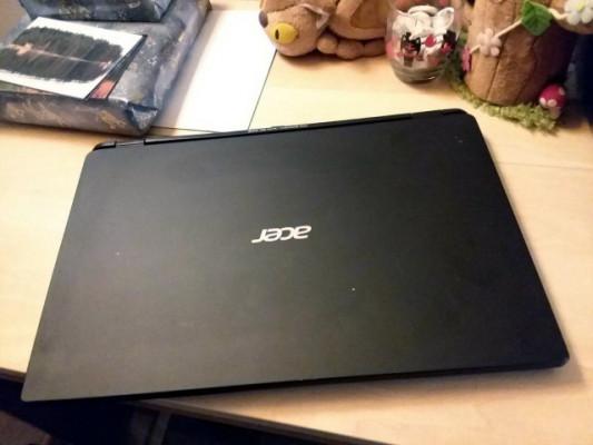 Portátil Acer M3-581TG