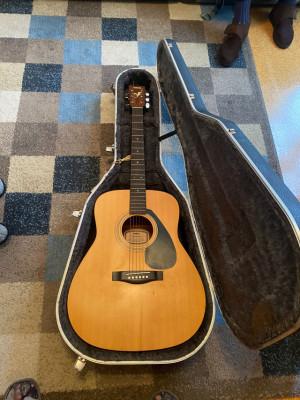Guitarra Yamaha FG-402 MS