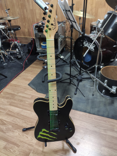 Schecter PT Diamond Series Limited Edition Monster RESERVADA