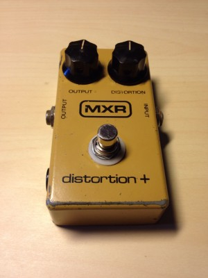 MXR Distorsion+ vintagísima