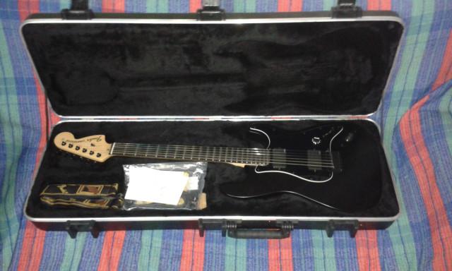 Fender Jim Root Stratocaster RW Black
