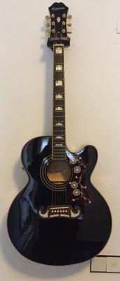 Guitarrón Epiphone EJ-200SCE BK