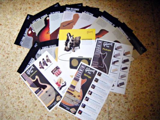 Láminas y librillo promocional Gibson, 2003-2004. Envío incluido.