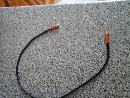 Vendo cables de guitarra eléctrica de gama alta.