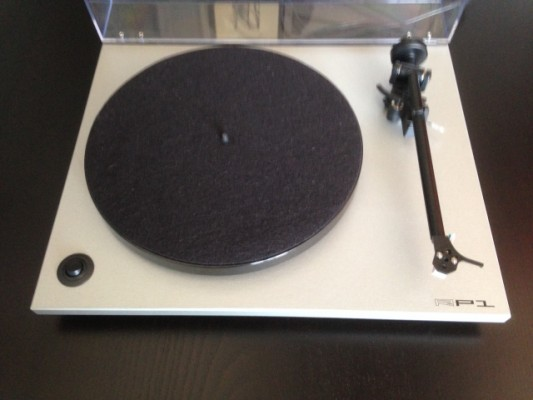 Rega Rp1 + Previo Cambridge Audio