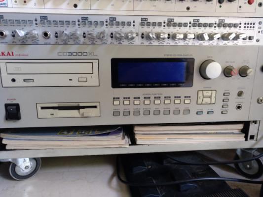 Sampler Akai CD 3000 XL (ampliado a 32 mb) --Reservado por ahora-- [ leer la descripción para saber el motivo ]