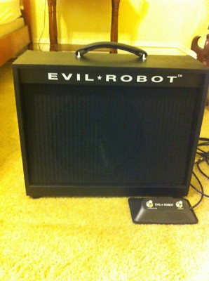 EVIL ROBOT C30  'Reservado'