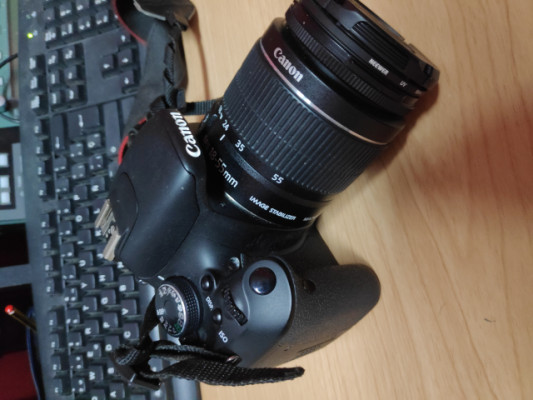 Cámara Canon EOS600