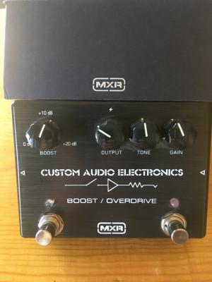 MXR CAE MC 402