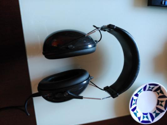 Auriculares cerrados Fame HD-990