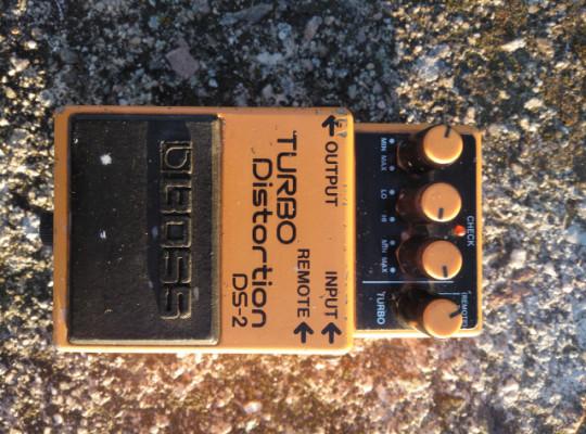 Boss DS-2 pedal de distorsión