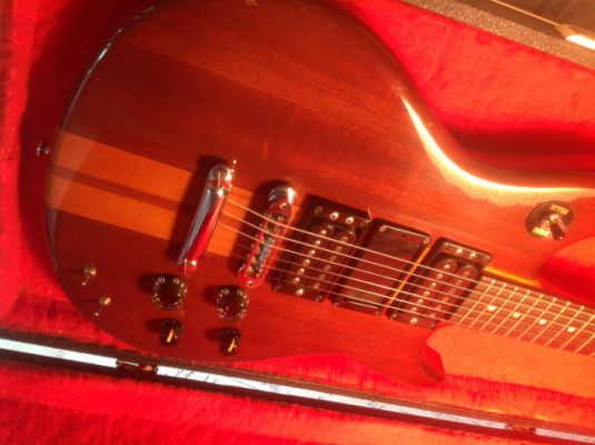 GUITARRA YAMAHA SF600 MADE IN JAPAN VINTAGE FINALES DE LOS 70