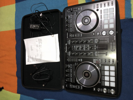Pioneer DDJ RR + Funda MAGMA IMPECABLE