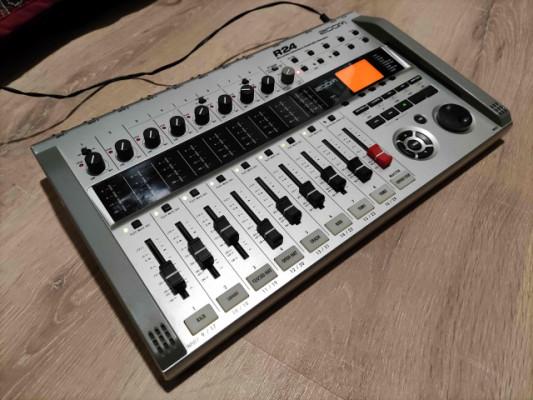 Zoom R24 grabador multipistas