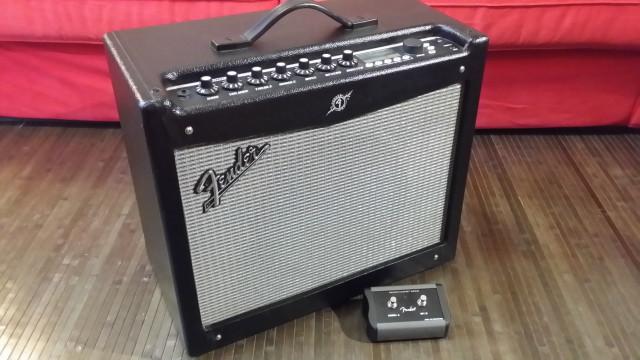 Fender Mustang III v.2 + pedal MS2