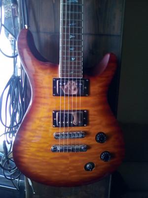 Guitarra estilo PRS