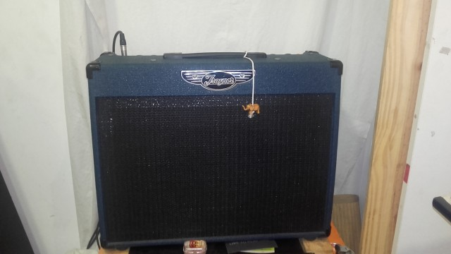 Vendo amplificador traynor ycv50
