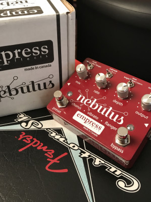 EMPRESS NEBULUS como NUEVO!!!