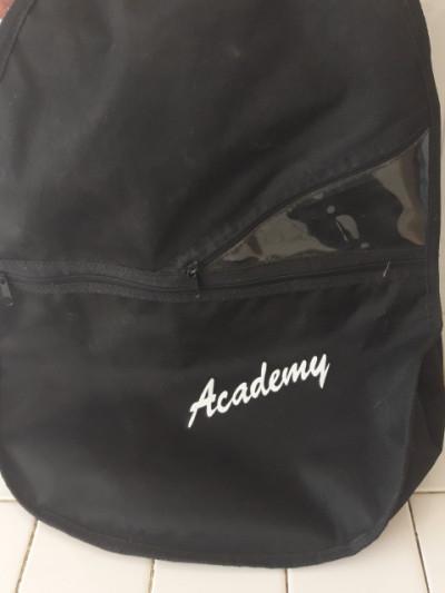 funda blanda de guitarra nylon o acústica  Academy a precio de saldo