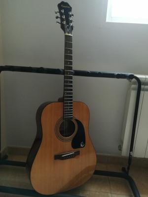 Guitarra acústica Epiphone DR-100