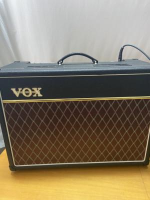 VOX AC15 MEJORADO + Opciones (AB/Vox VFS2A) RESERVADO