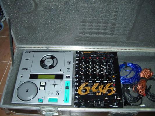 Equipo para DJ (Mesa Gemini y lectores BST)