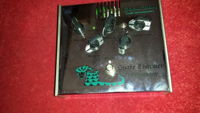 Pedal Box snaker charmer compresor