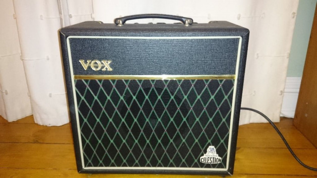 Vox Cambridge 15 Amplificador guitarra