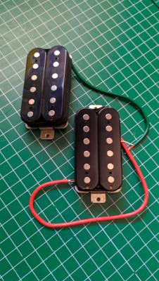 Set Humbucker MMH de una Squier by Fender Subsonic Baritone
