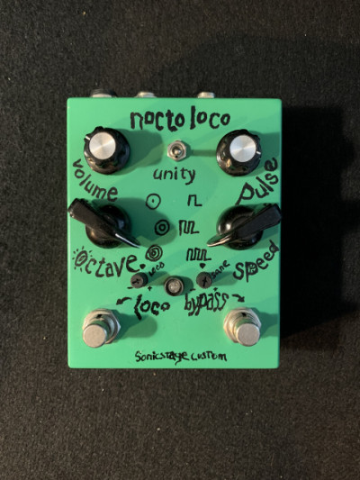 Nocto Loco de 4ms pedals sintetizador analógico.