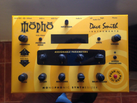 Mopho Dave Smith Instruments Desktop