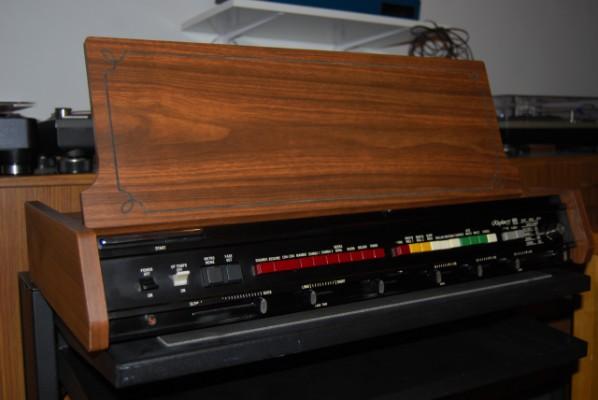 Vintage Roland TR 77 .