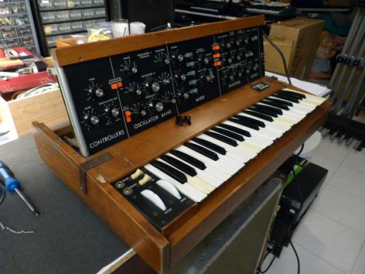 Compro sintetizadores antiguos averiados, no importa el estado