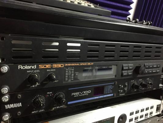 Roland SDE 330