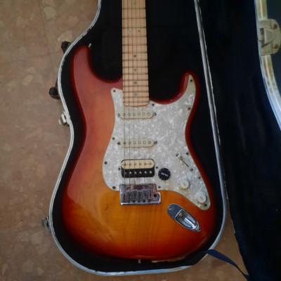Fender American Stratocaster Deluxe + Mejoras