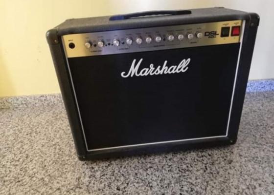 Marshall dsl40C con muy poco uso