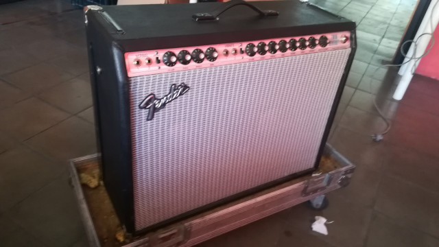 Fender Twin Rever silverface k120