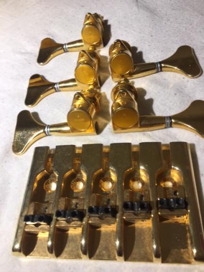 Puente bajo 5 cuerdas gold y clavijero Gotoh GB 7 gold 3L2R
