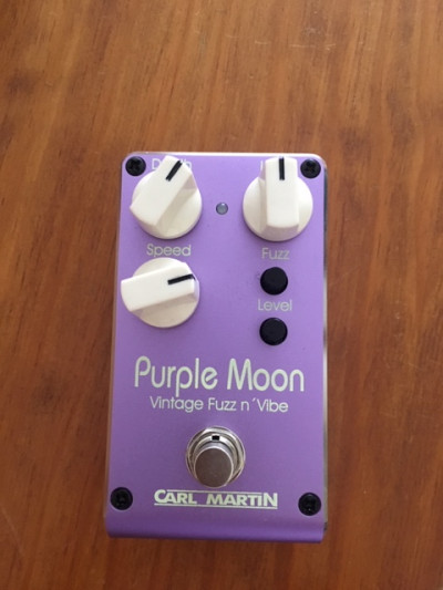 PURPLE MOON vintage fuzz and vibe