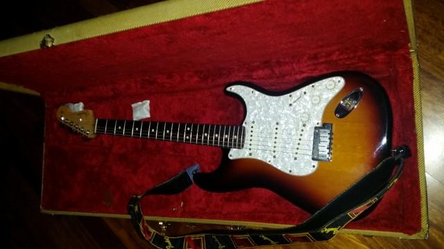 Fender stratocaster standard  USA 2003