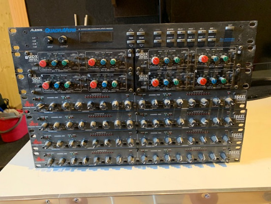 Compresores y puertas de ruido DBX