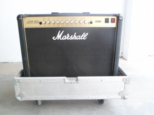 MARSHALL JCM 900 Y HARD CASE.